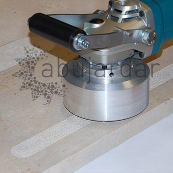 Bush hammering specialists abujardadoras for Piscinas portatiles cuadradas